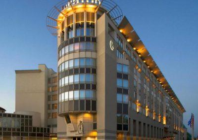 Hotel_WAR_Sheraton_3.