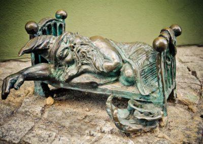 gnome statue in wroclaw, poland